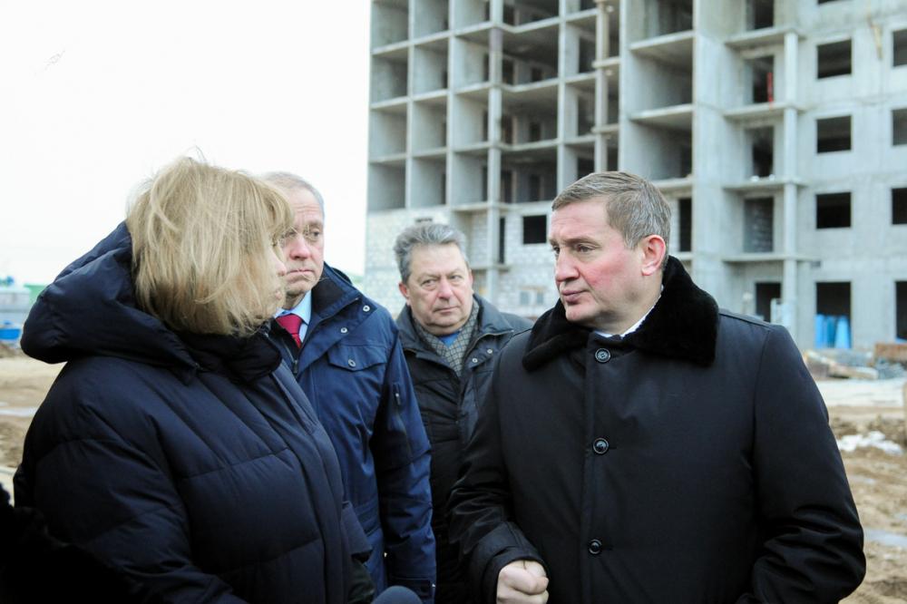 Ключи от квартир обманутым дольщикам «АхтубаСитиПарк» губернатор Бочаров обещал дать к 1 мая