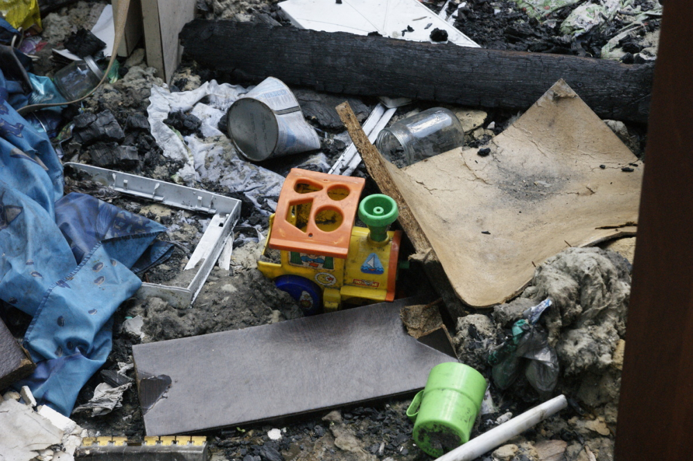 12-летняя волгоградка героически спасла из огня двух братьев, но одного не успела