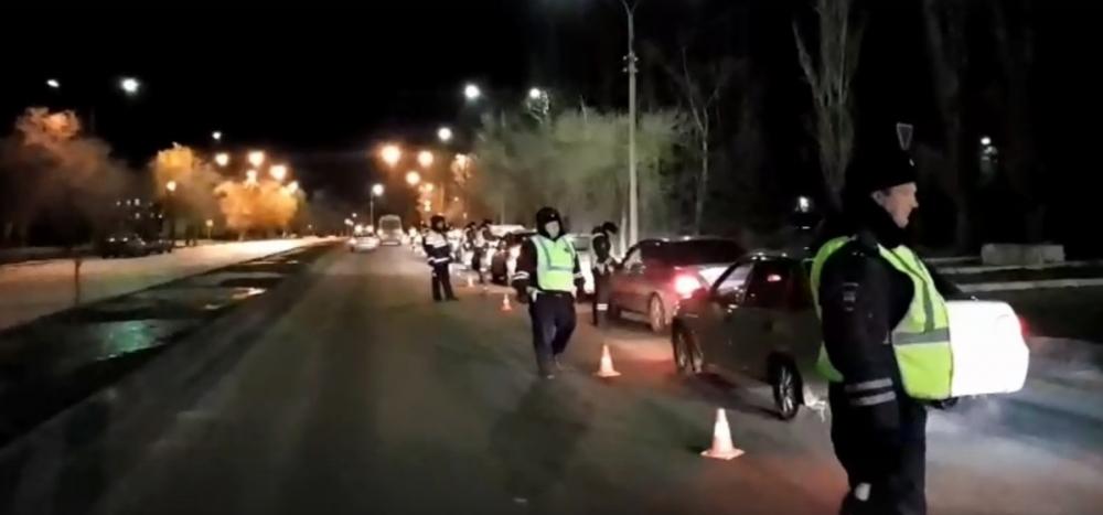 В Волжском перед праздником ловят пьяных водителей