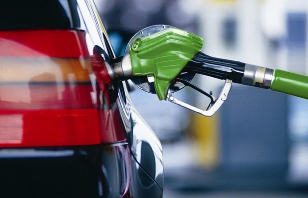 На бензин в Волгограде тратят больше, чем в среднем по России