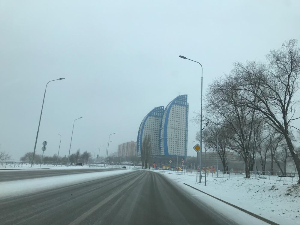 Снегом завалило федеральные трассы в Волгоградской области