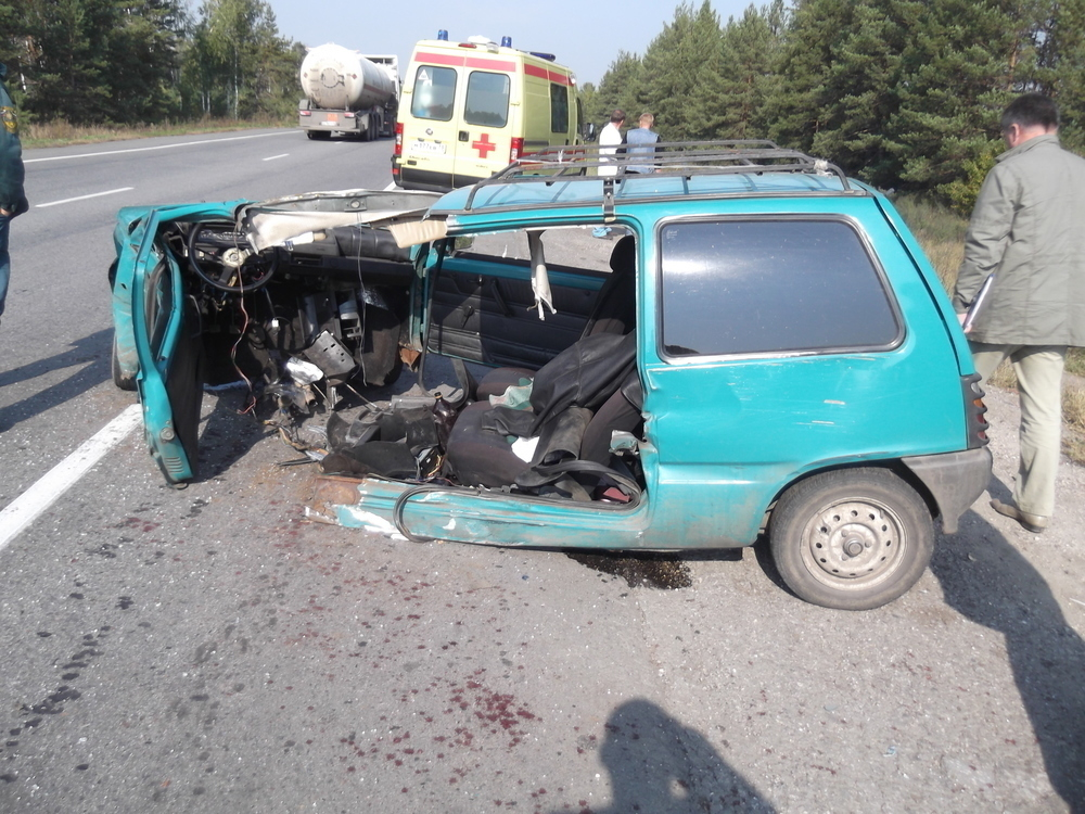 Под Волгоградом в ДТП погиб 56-летний водитель «ОКА», еще двое в больнице