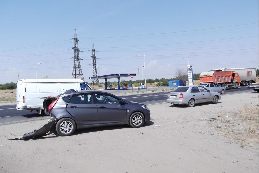 В ДТП с КАМАЗом на севере Волгограда пострадала 10-летняя