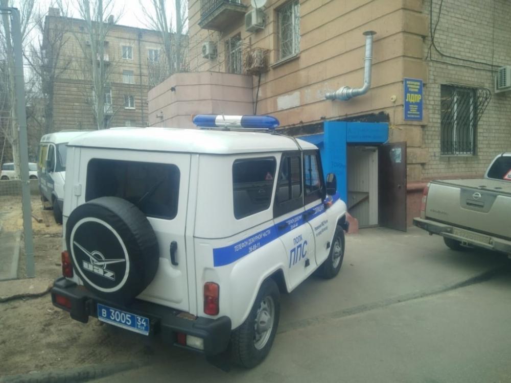 Расписавший матом офис оппозиционной партии в Волгограде вандал идет под суд