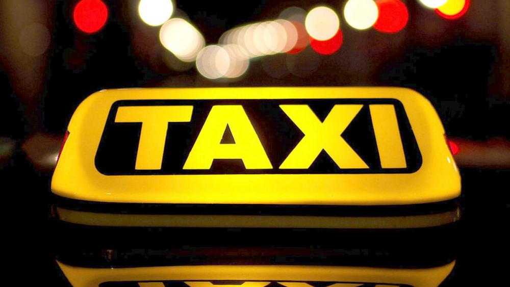 Волгоградские таксисты снова бойкотируют работу в час пик