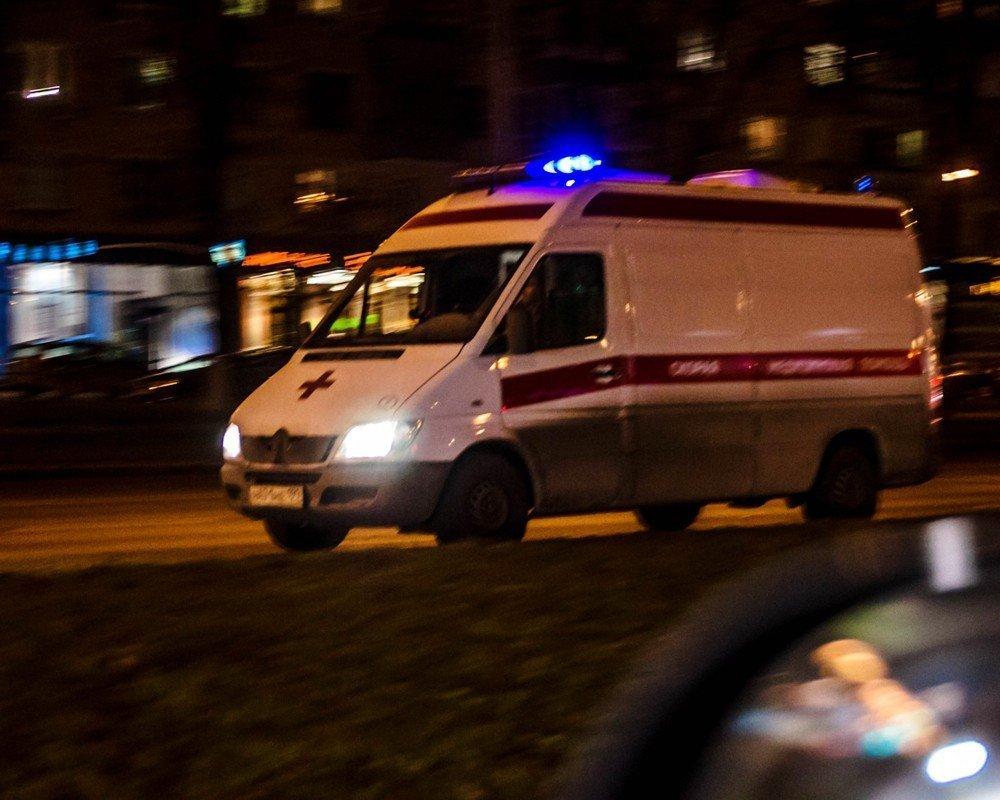Тела молодых мужчины и женщины обнаружены около многоэтажки под Волгоградом