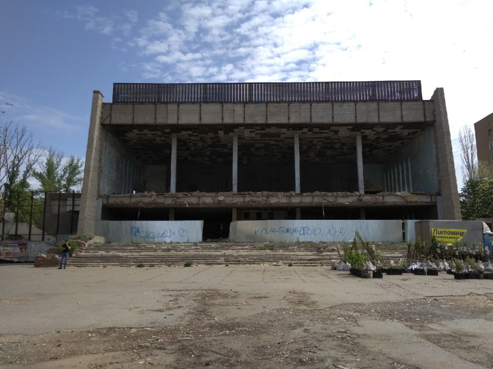 Кинотеатр «Юбилейный» в Волгограде наконец отремонтируют