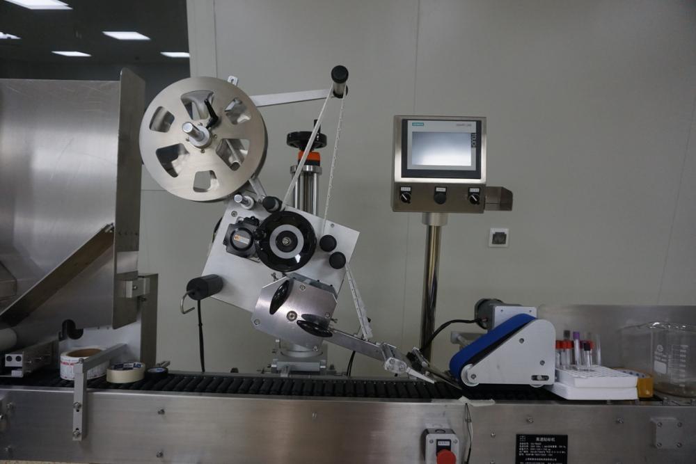 В Волжском китайцы запустили скоростное производство «Памперсов» и прокладок