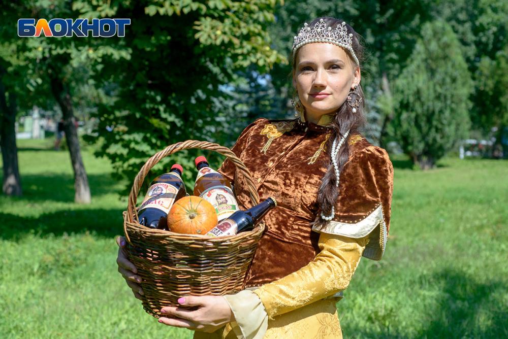 Мать четверых детей Евгения Ларионова вступила в борьбу за 50 тысяч рублей