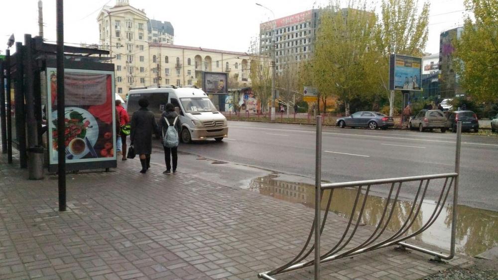 Стали известны списки мест, где будут установлены новые остановочные павильоны в Волгограде