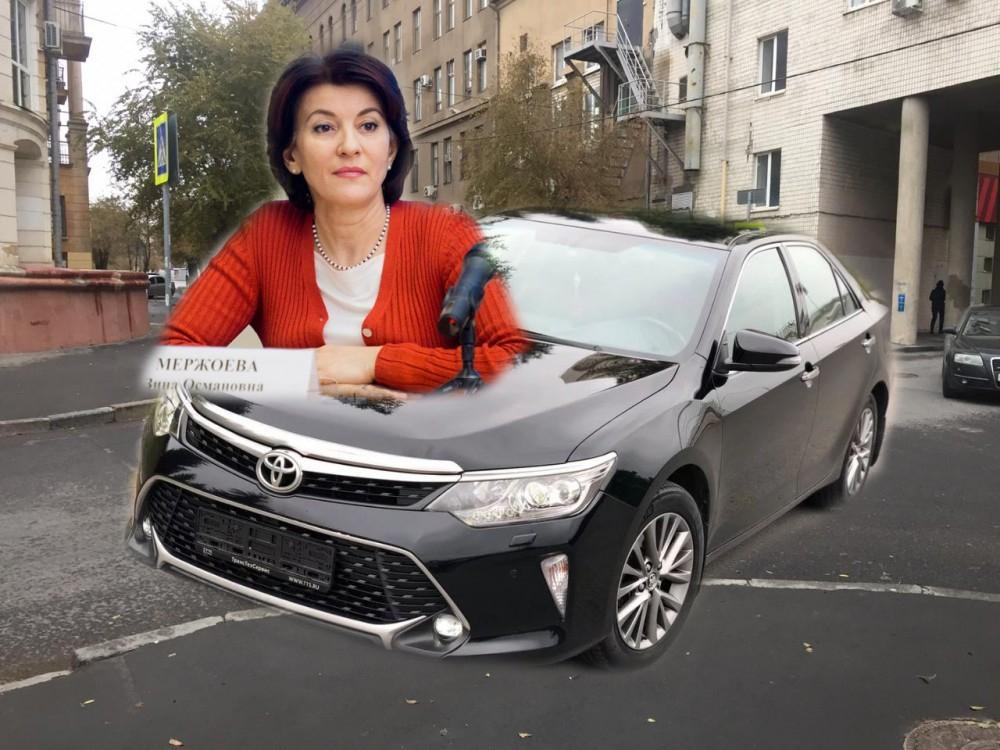 Стала известна скорость Toyota Camry, на которой попала в ДТП замгубернатора Зина Мержоева