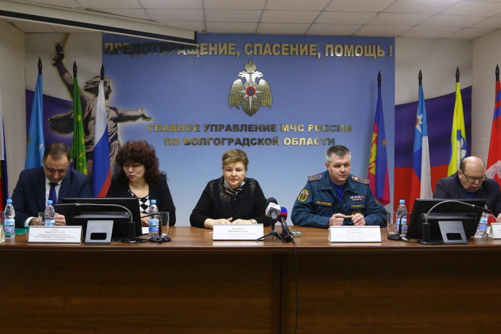 Необходимо взаимодействовать с главой Волгограда Виталием Лихачевым, - полковник о проблеме вывоза мусора