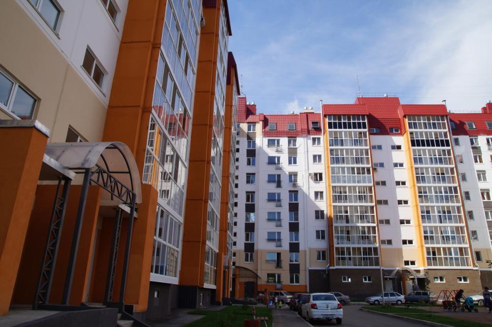 Волгоградские чиновники пообещали раздать детям-сиротам больше 600 квартир