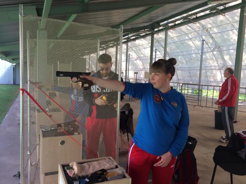Член паралимпийской сборной России по пулевой стрельбе родила в Волгограде прелестную дочурку