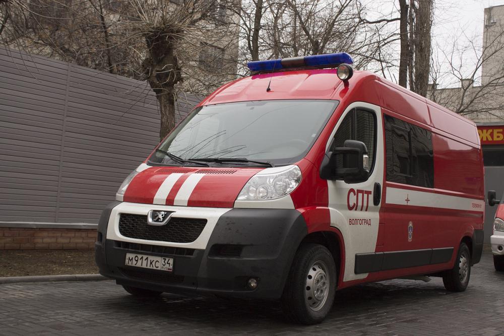 КамАЗ сгорел на Третьей Продольной магистрали Волгограда