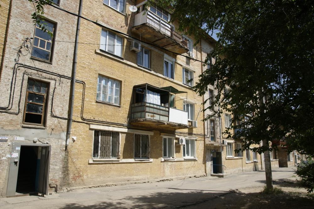 Соседи присвоили квартиру пенсионерки из Волжского и ее пенсию