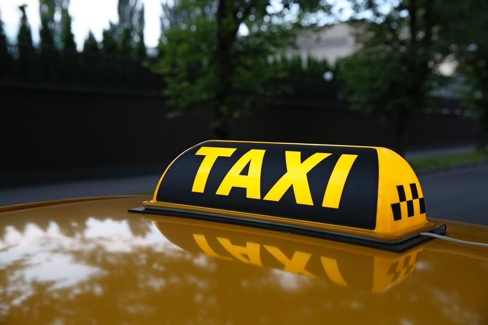 Таксисты наживаются на беде затопленного Волгограда