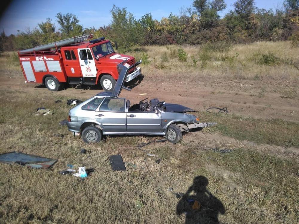 Уснувший за рулем водитель Renault устроил смертельное ДТП под Волгоградом