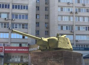 Мэрия Волгограда память о войне променяла на овощные палатки