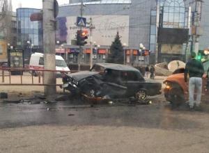 Виновником воскресного ДТП в Волгограде оказался водитель Porsche Cayenne