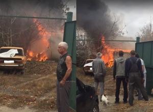 Пожар в частной бане Центрального района Волгограда сняли на видео
