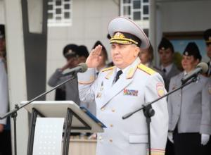 Начальник Волгоградской академии МВД Третьяков заработал на 12 миллионов меньше жены