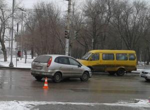 Влюбленную пару лихач сбил в Волгоградской области
