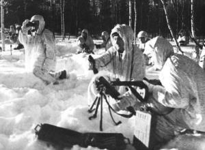 3 января 1943 года - штаб партизанского движения на Сталинградском фронте направляет в тыл врага 60 человек
