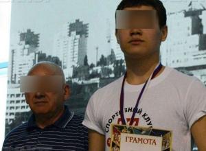 Юру пытался реанимировать тренер, врачей там даже не было, - друзья умершего 14-летнего ватерполиста из Волгограда