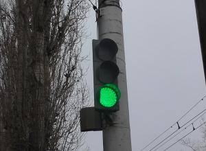 Право «гонять» по Третьей Продольной просят у облдумы депутаты Волгограда