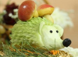 В Волгограде прошел конкурс фруктово-овощных скульптур