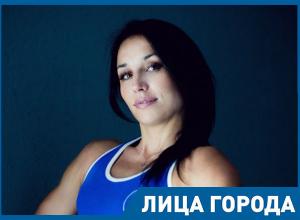 В кричащую женщину нужно бросить шоколадкой, – фитнес-гуру Светлана Маркосян из Волгограда