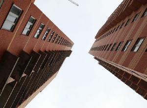 Спустя семь лет скандальный волгоградский ЖК «Доминант» обещают все-таки достроить
