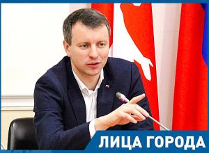 За 10 лет моего депутатства раз пять поднималась стоимость проезда в Волгограде, - депутат Алексей Волоцков
