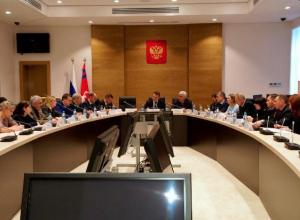 Волгоградцам не удалось заставить депутатов работать