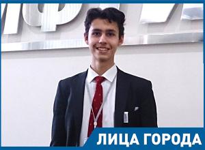 Волгоградский школьник зарабатывает по миллиону в год на сборке 3D-принтеров