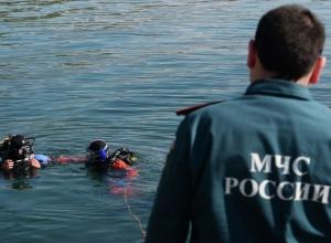 Грузовая баржа и катамаран с пассажирами столкнулись около речпорта в Волгограде: есть погибшие