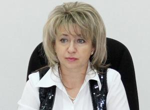 Красавица-депутат, она же  «единственный мужик в думе», отмечает свой день рождения
