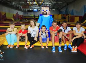 Волгоградцев приглашают на громкое открытие крутого батутного парка «Небо»