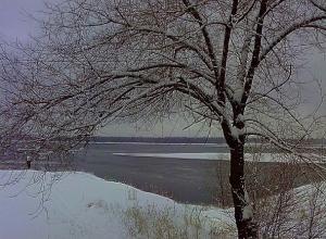 Небольшой снег и мороз ждет Волгоград перед новой рабочей неделей
