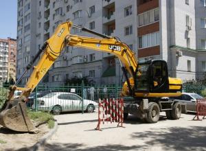 Замаскированный под коттедж трехэтажный дом на несколько семей сносят в Волгограде