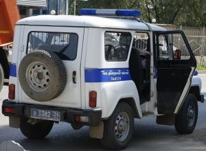 Семейная пара из Волжского пригласили в гости молодую девушку и лишились всех денег