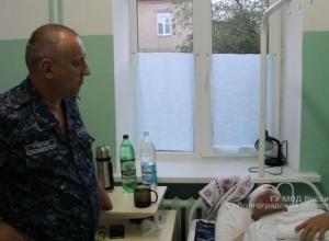 Раненого в голову полицейского доставят на вертолете  из Камышина в Волгоград