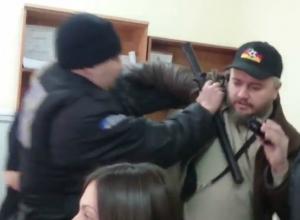 Алексей Ульянов: «На моих глазах охранники Росгосстраха избили человека»