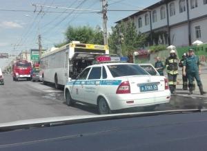 Автобус «Питеравто» загорелся на дороге в Волгограде
