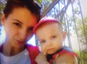 Таксист внезапно умер за рулем: волгоградка в тяжелом состоянии и ее 10-месячная дочка в больнице