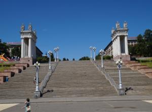 Началась реставрация главной лестницы центральной набережной Волгограда