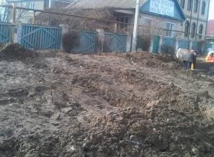 Поселок Гумрак превратился в грязное месиво после реконструкции дороги к аэропорту Волгограда