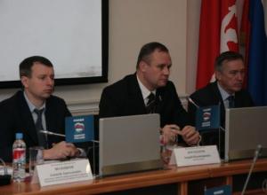 Глава Волгограда приказал своим заместителям идти в народ