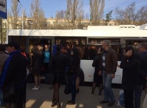 Отменой маршруток власти Волгограда добавили жителям новые серьезные проблемы